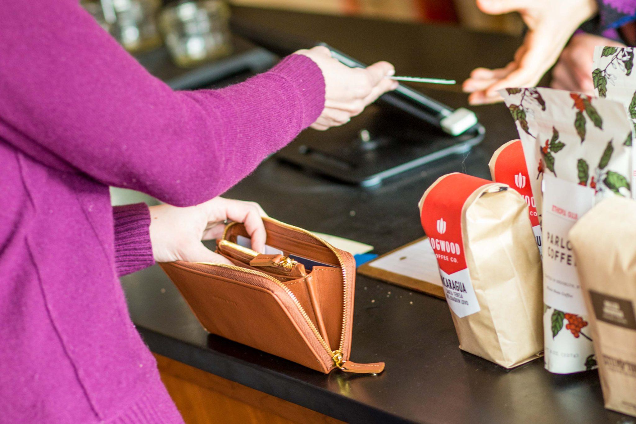 alesya bags houser wallet in saddle   allweareblog.com