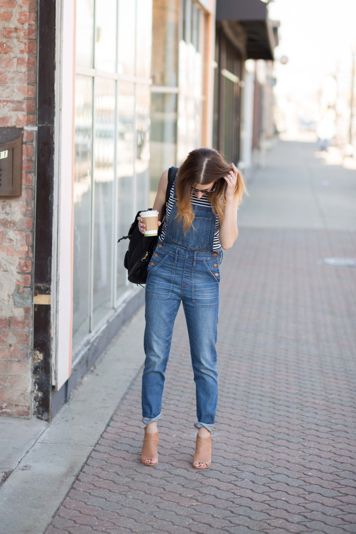 casual weekend look featuring madewell overalls on allweareblog.com