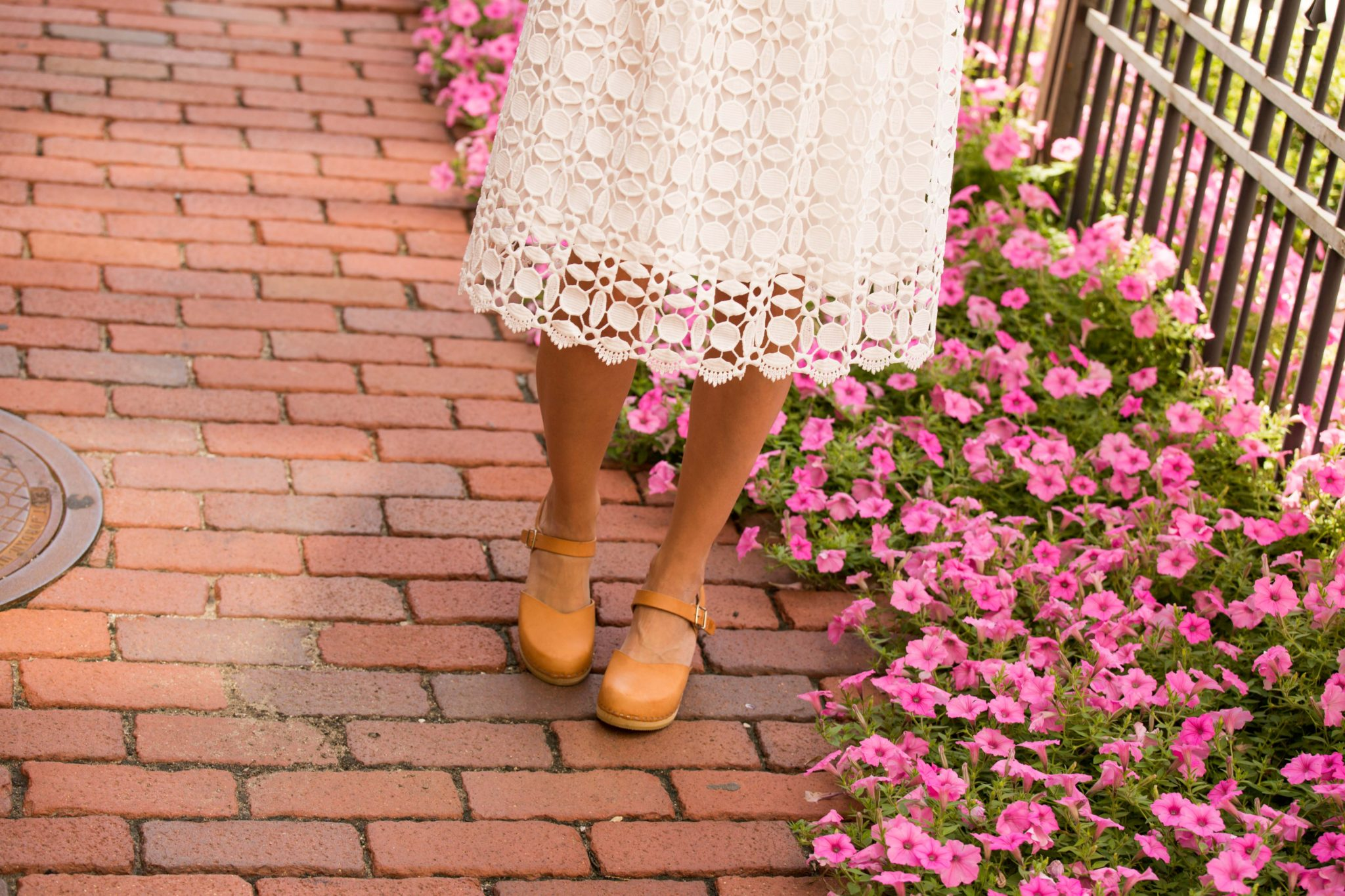 chicwish splendid crochet white dress and sandgrens victoria clogs on allweareblog.com