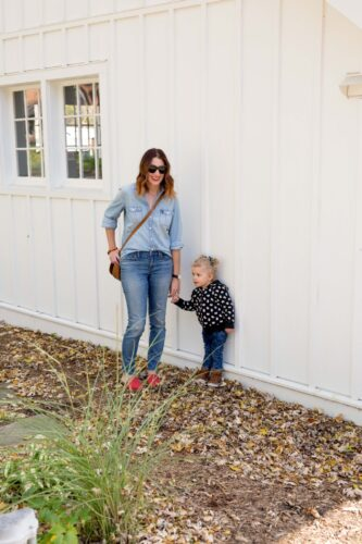 fall outfit inspiration | starch slide shoes | canadian tuxedo | denim on denim looks | chambray shirt | jcrew | madewell | fall mom style | fall toddler style | mom and mini style | fall style on allweareblog.com