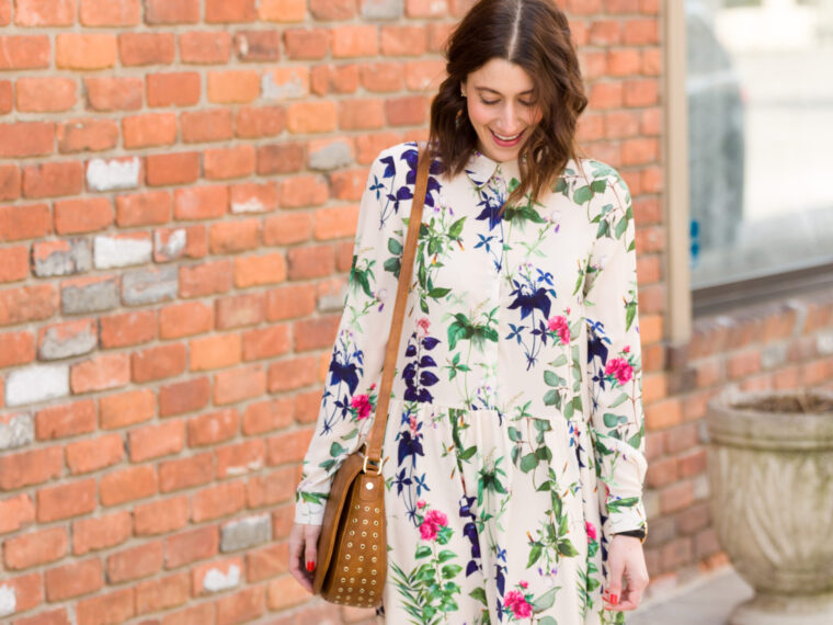 how to wear a floral dress for spring | spring 2017 trends | what to wear this spring | easy spring outfits for moms on allweareblog.com