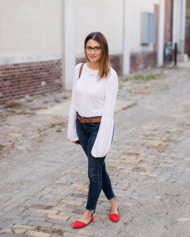 how to style a white tee and jeans   and upgrade on the white tee   my fall capsule wardrobe on allweareblog.com