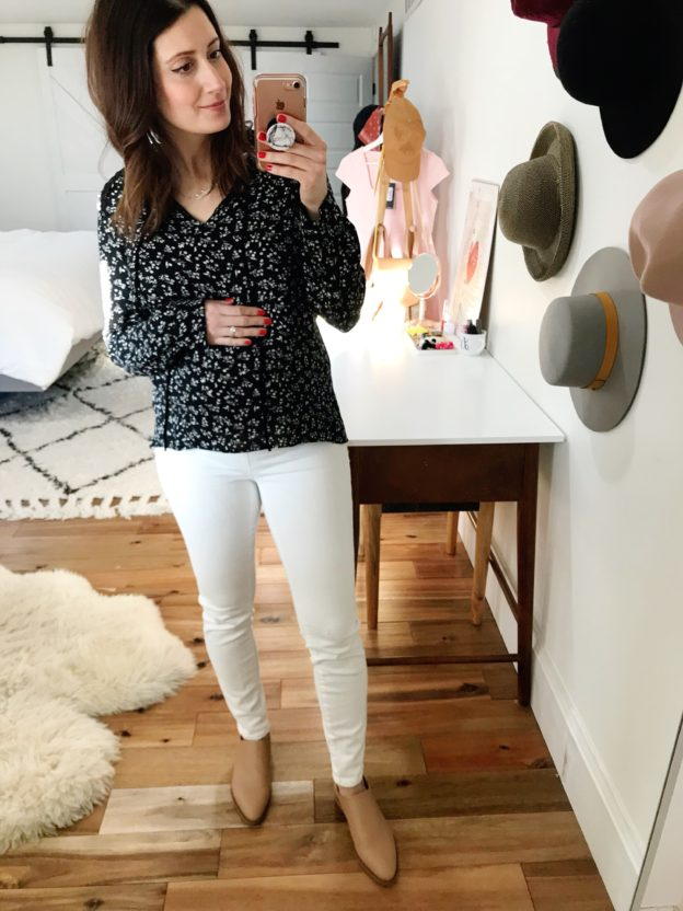 what I wore to work at 25 weeks pregnant