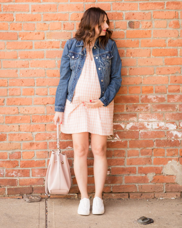 the best spring maternity dress from pinkblush maternity